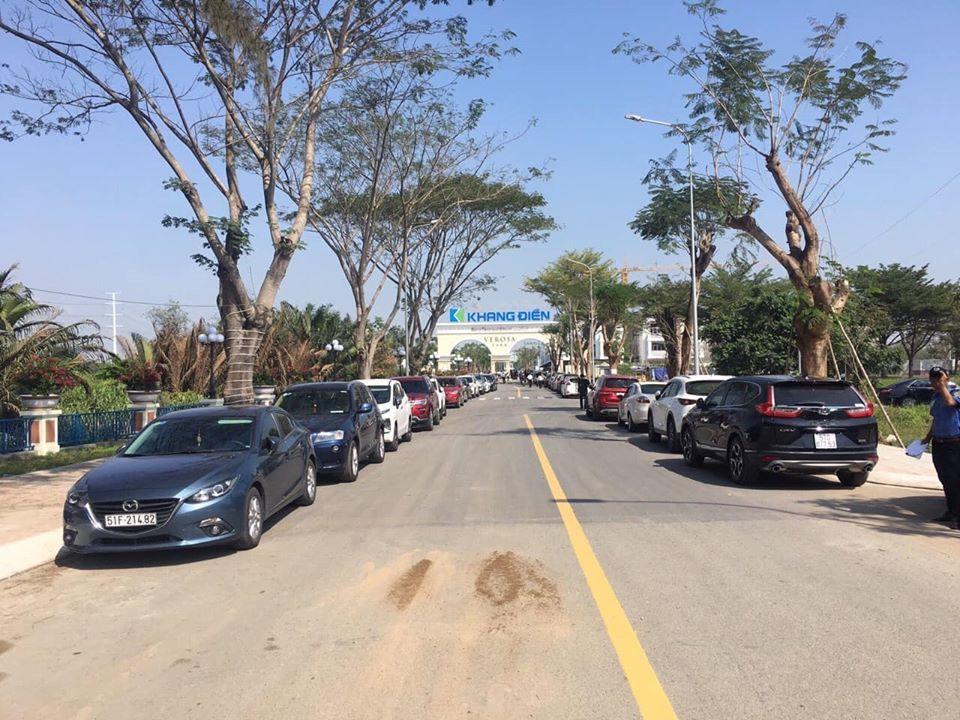Khach Hang Tham Quan Verosa Park 2