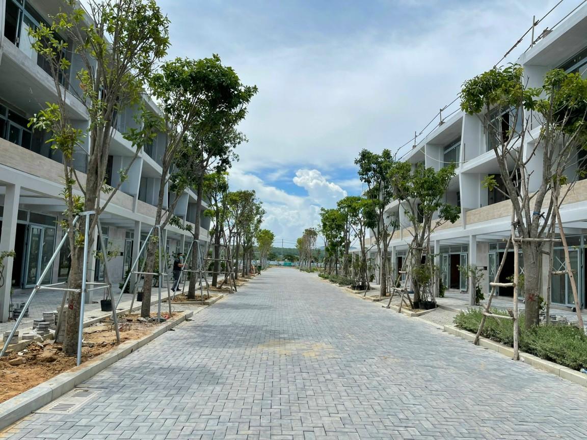Nhà Phố Thanh Long Bay (2)